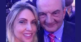Η selfie του Κώστα Καραμανλή με τη Σοφία Λουκέρη (φωτο)