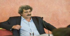 Τα ρουσφέτια του ΣΥΡΙΖΑ στη δημόσια υγεία – Τι καταγγέλλει ο πρόεδρος της ΠΟΕΔΗΝ, Μιχάλης Γιαννάκος