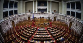 «Θρίλερ» με τη Συμφωνία των Πρεσπών: Κοινοβουλευτικό… πραξικόπημα σχεδιάζει η κυβέρνηση